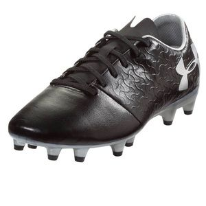 UA Big Boys Magnetico Select Soccer Cleats. NWT